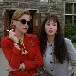 Sharon Stone et Isabelle Adjani dans Diabolique (1996)