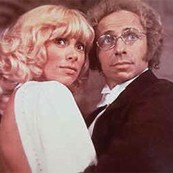 Pierre Richard et Mireille Darc dans Le grand blond avec une chassure noire (1972)