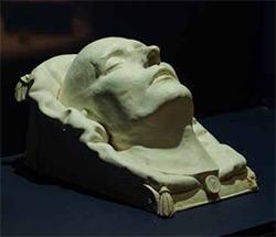 Le masque mortuaire de l'Empereur Napoléon (Musée de l'Armée)