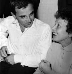 Avec Charles Aznavour (1958)