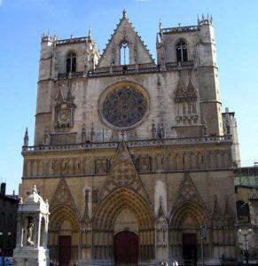 La cathédrale Saint-Jean (XIIe-XVIIe siecles)