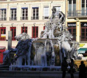 La fontaine de Bartholdi (1894) sur la place des Terreaux