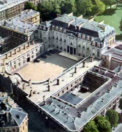 Le palais d'Evreux