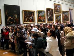 La foule devant La Joconde