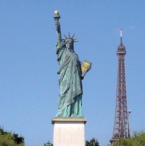 La Liberté éclairant le Monde
